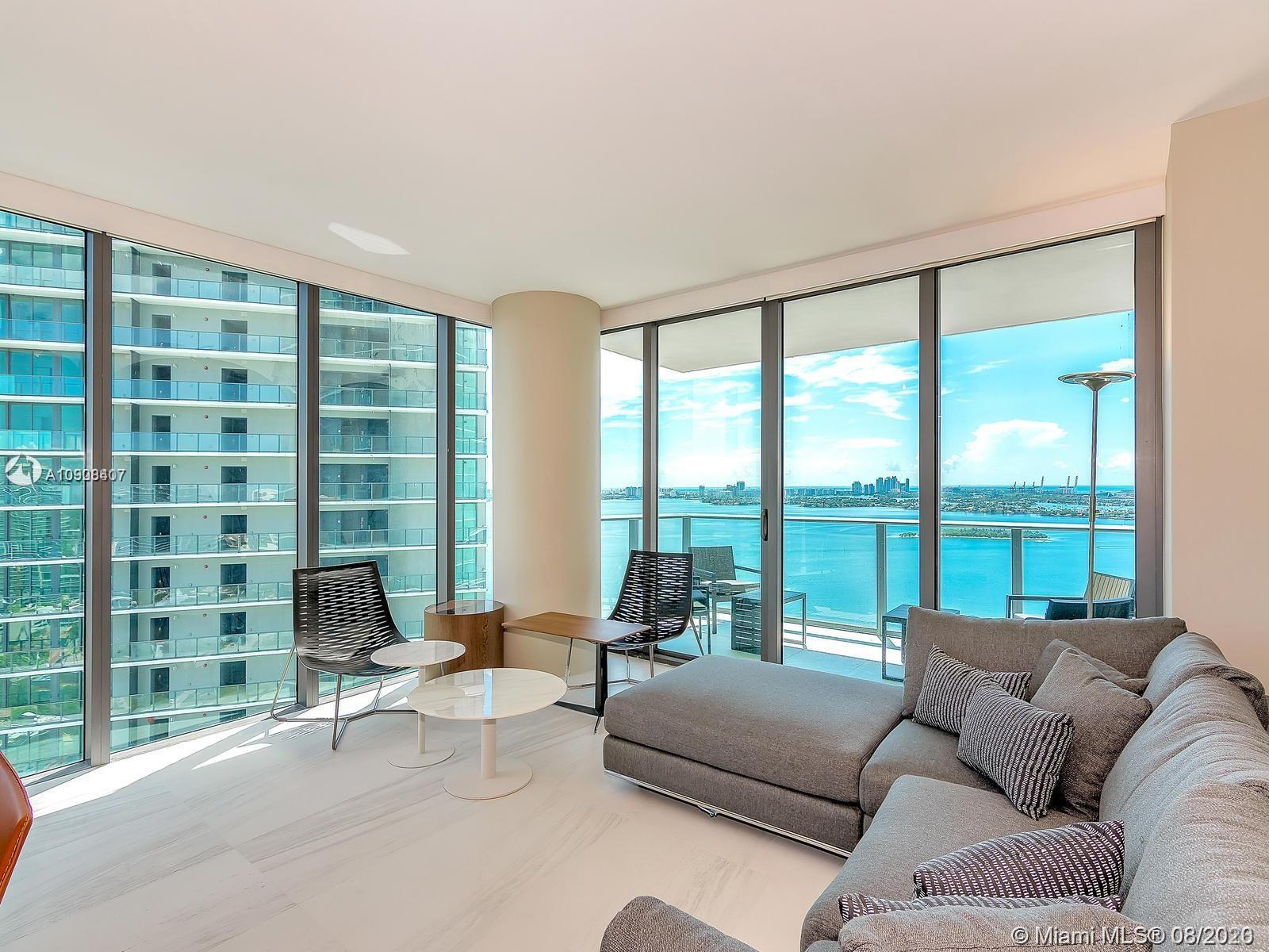Beautiful and tastefully decorated, fully furnished, Corner, 1 BED+DEN/2 BATH condo at luxurious Par