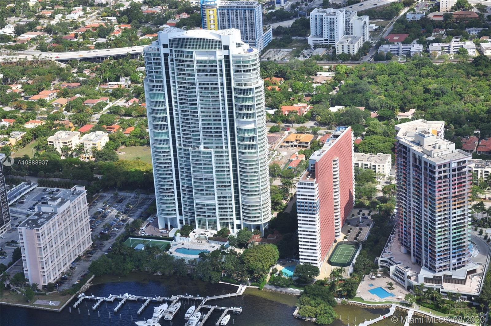 Santa Maria on Brickell is a well stablished residential building with great reputation in South Flo