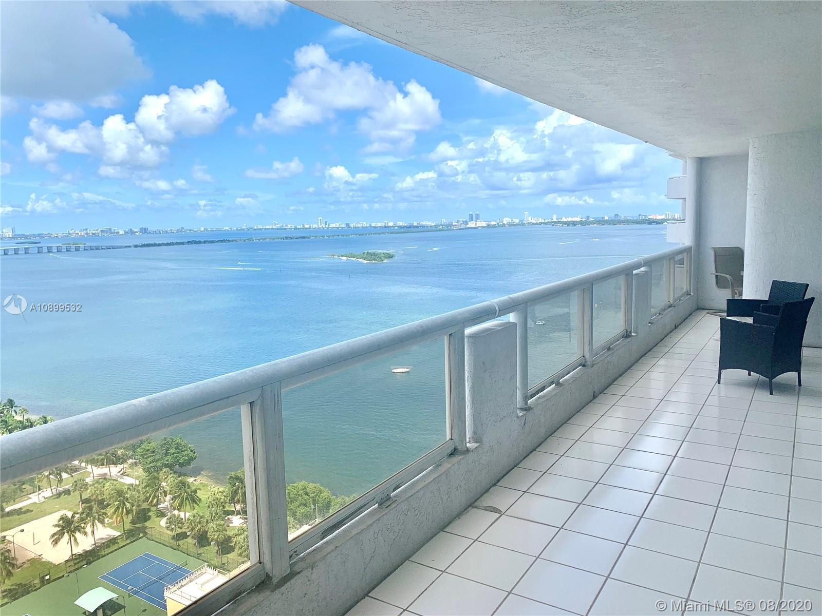 Luxury unit at THE GRAND. One Miami's most iconic landmark buildings located in Omni district in Dow