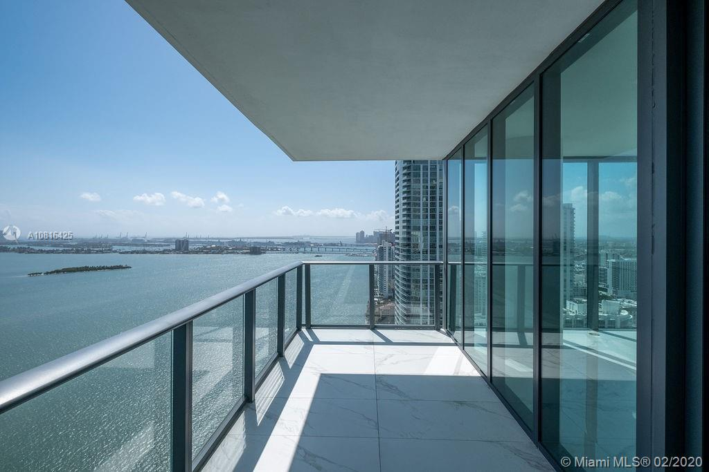 Beautiful 3 bed / 3.5 bath in the most prestigious building in Edgewater. Unobstructed water views,