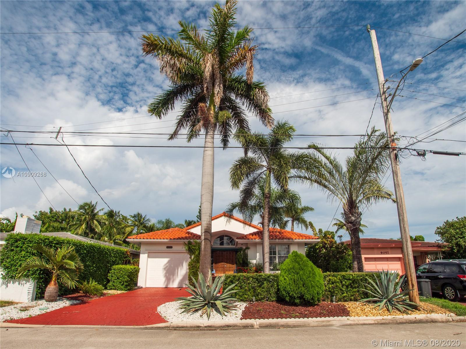 NEWEST HOUSE IN AREA 3 BED 2 BATH 1 CAR GARAGE. BEAUTIFUL  SURFSIDE HOUSE. BUILT IN 1991 WITH AN ELE