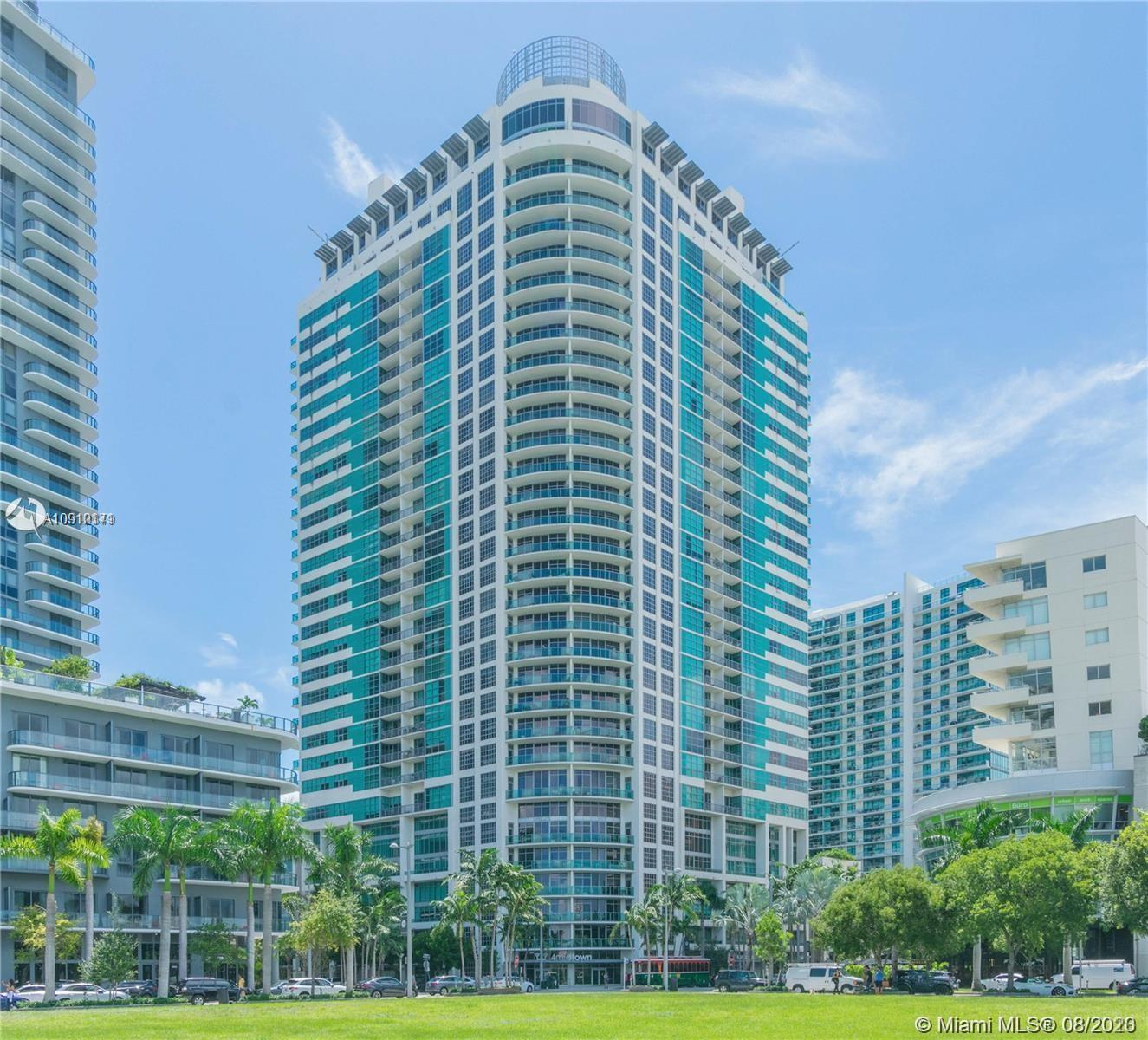Ready to move in unit! Downtown views along modern kitchens and contemporary flooring. Unparalleled