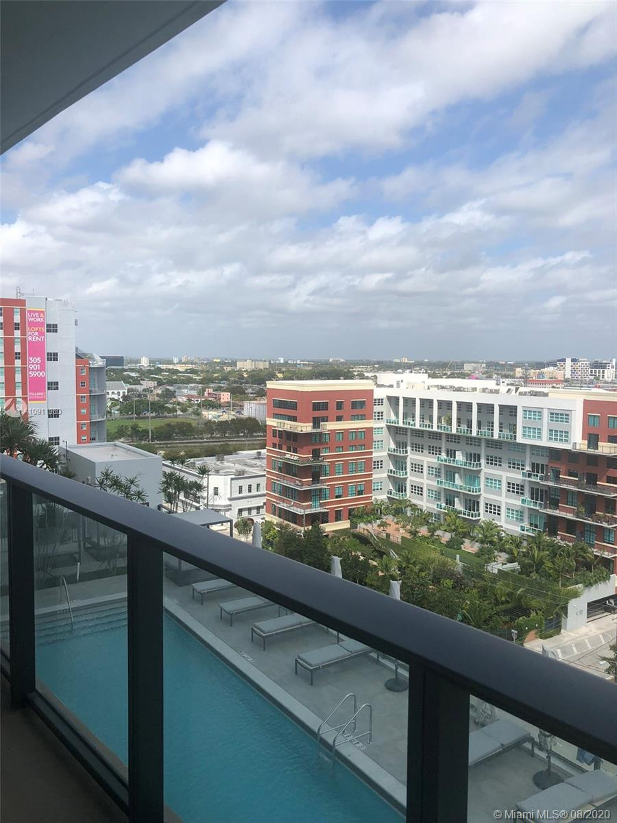 Brand new 1bed + 1 bath + Huge Balcony, is only one block from the free metro-mover. Trolley and Bus