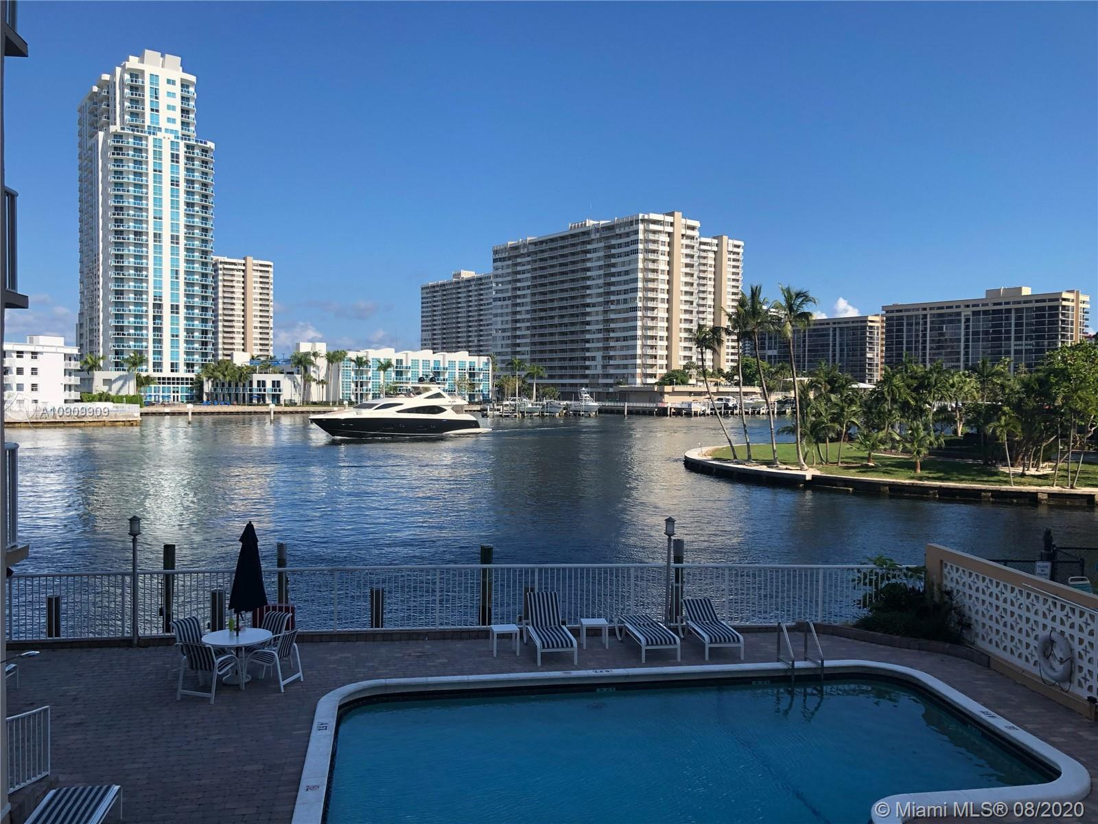 GEORGES PANORAMIC INTRACOASTAL VIEW, LARGE 3 BEDROOM/ 2 BATH COMPLETED UPDATE, WIDE OPEN BALCONNY, A
