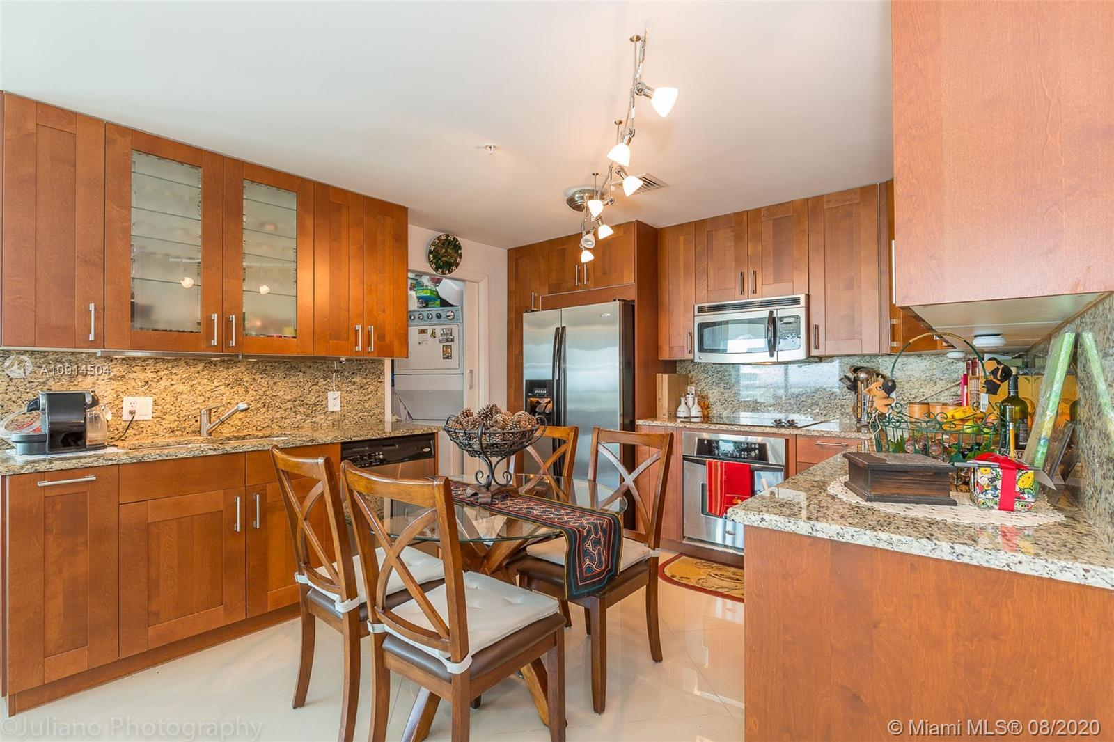 Beautiful and fully remodeled large 3 bedrooms and 3 bathrooms. This unit is on the 37th floor with