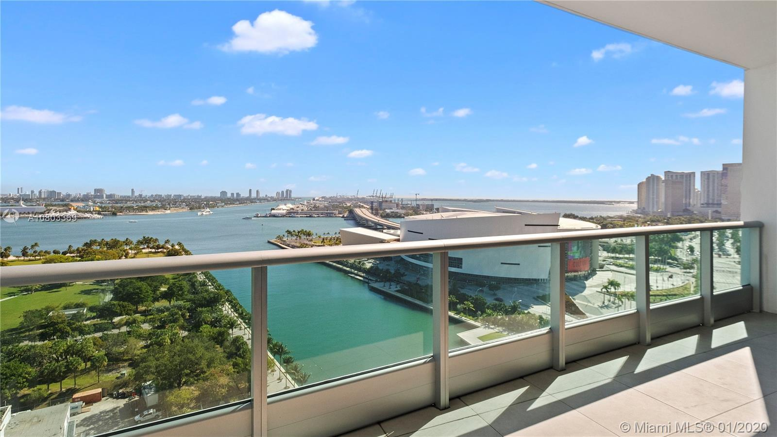 SPECTACULAR 1 bedroom, 2 bathroom + Den at 900 Biscayne Condo: enjoy the unobstructed views of the b