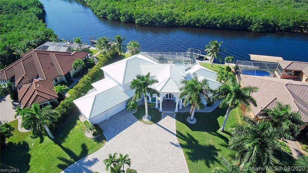 Amazing WESTERN EXPOSURE - SAILBOAT ACCESS- FULLY FURNISHED Turnkey home just bring your toothbrush.