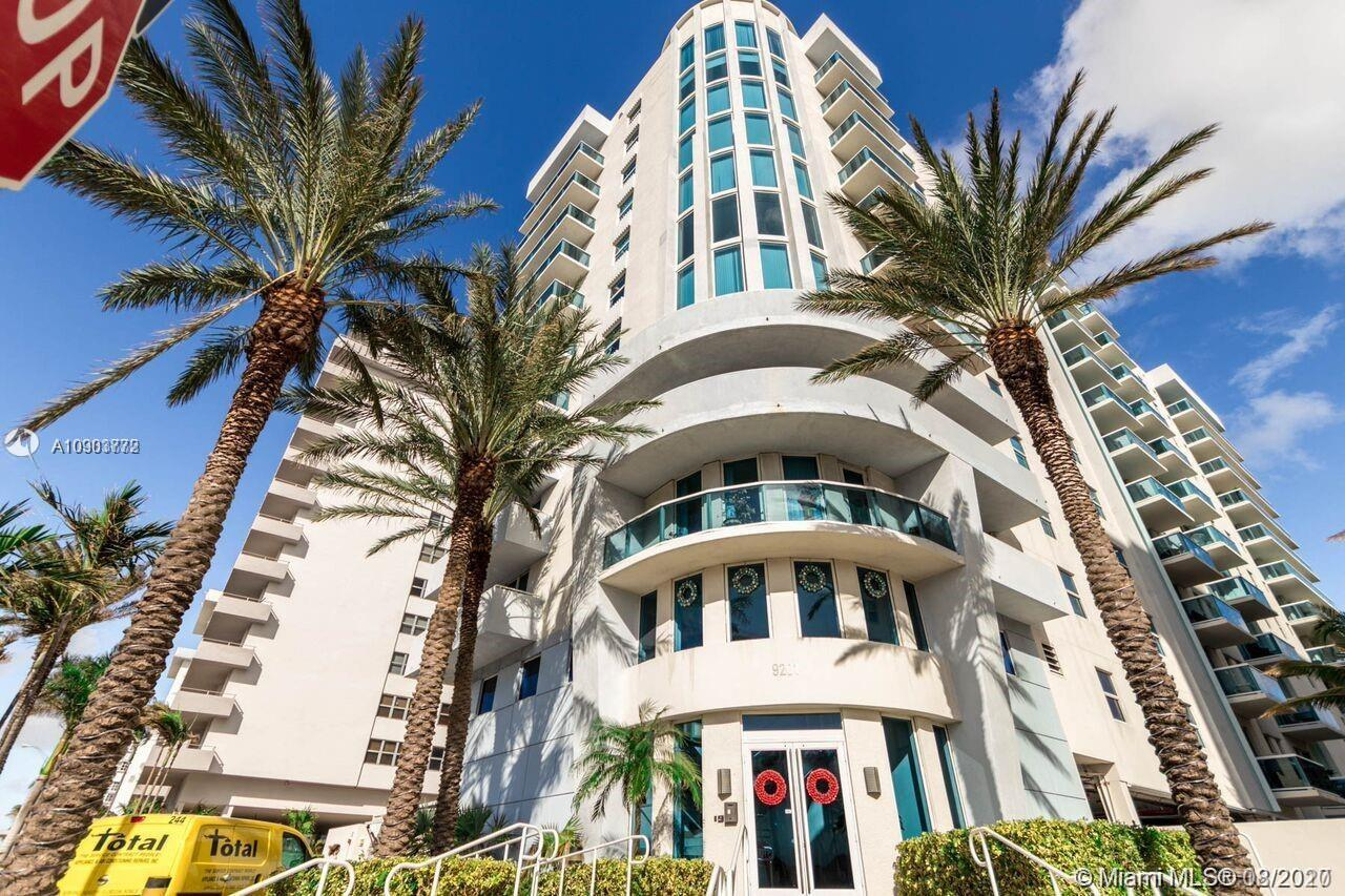 Elegant and spacious 3/2 with ocean view, built in 2003 . Beautiful unit with balcony access overloo