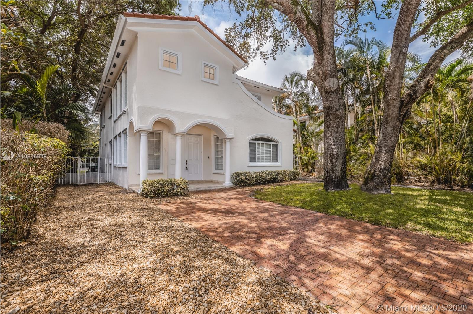 INMACULATE HOUSE IN MIAMI SHORES, CONSTRUCTED IN 2005, WELL MAINTAINED. THE HOUSE FEATURES MARBLE AN