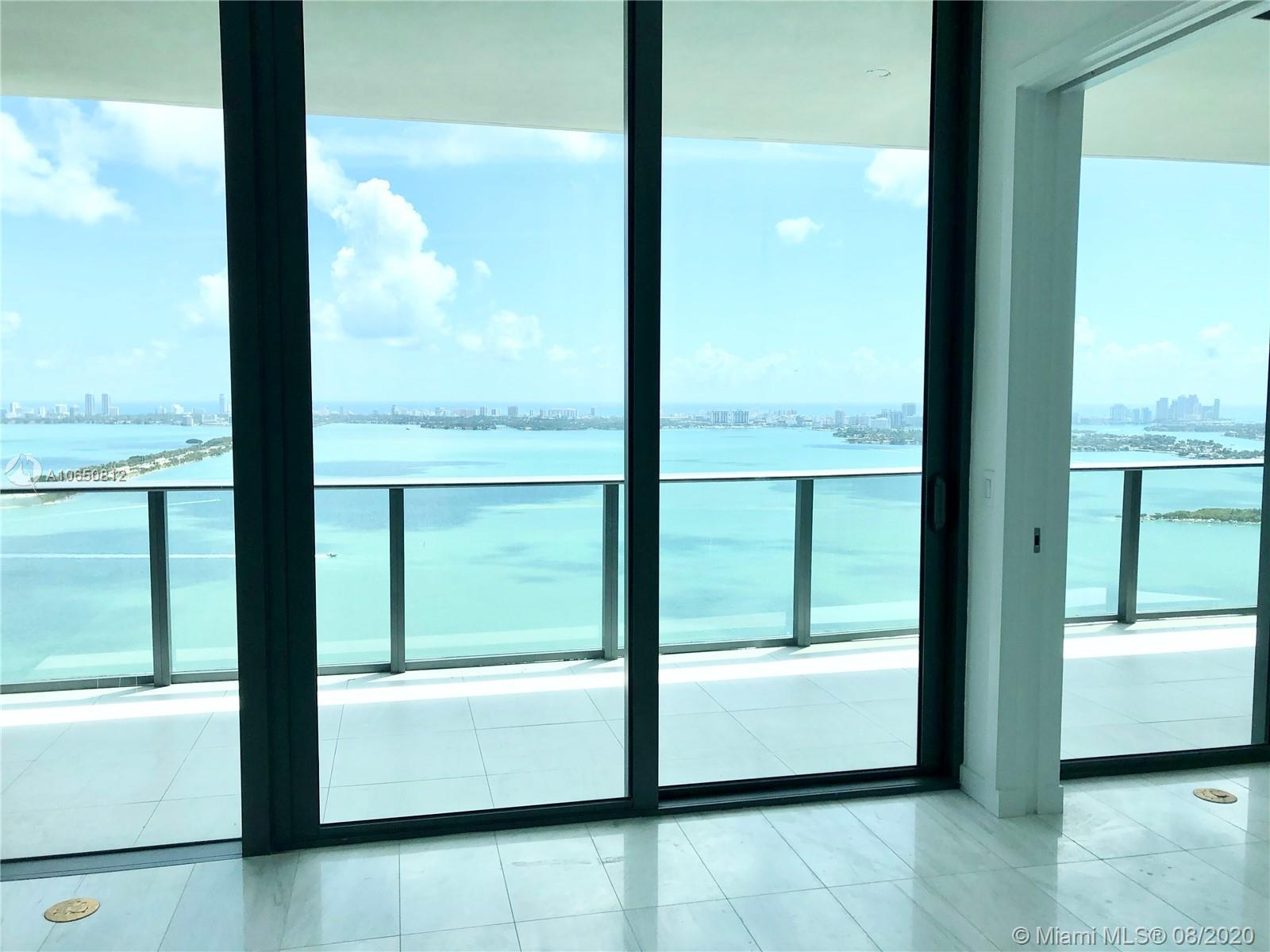 SELLER MUST SELL! Enjoy a breathless view from this brand new 1 Bed + Den at Gran Paraiso. 10 floor