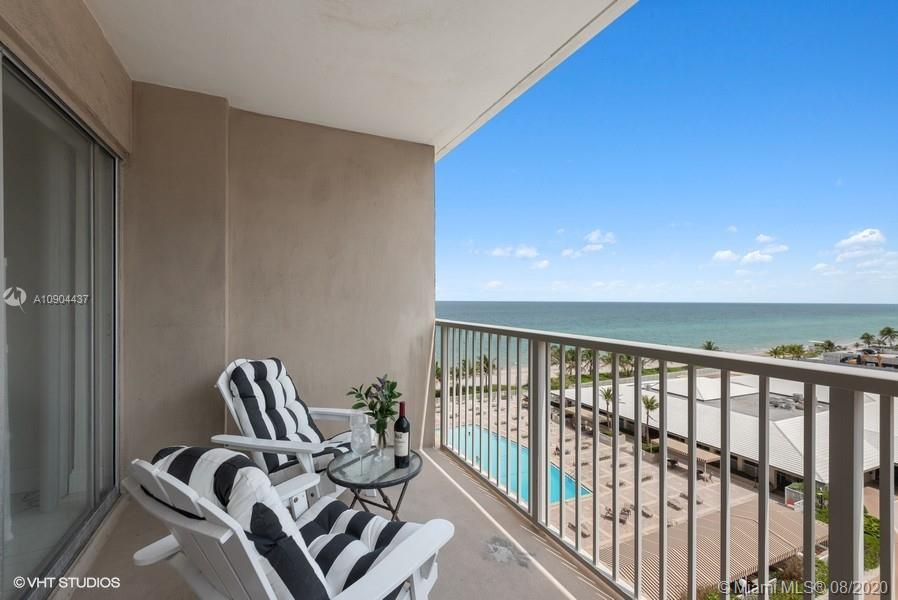 2 BR 2 BATHS, ON THE OCEAN GREAT OCEAN AND POOL VIEW! SUNNY EXPOSURE, LARGE TERRACE FOR SUN BATHING