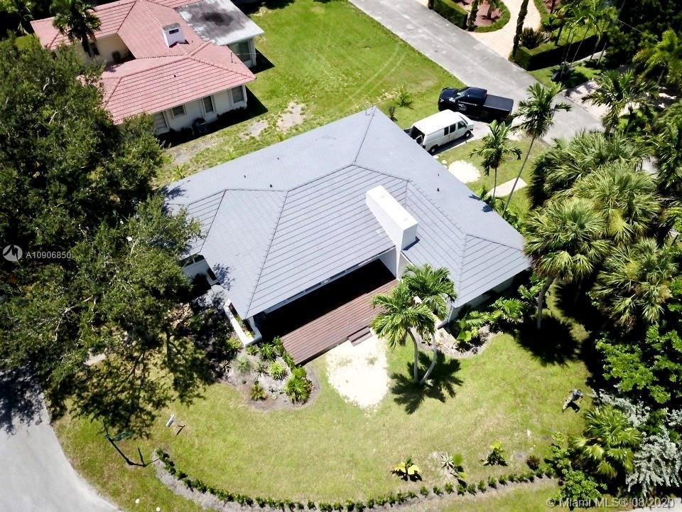 Corner lot! Remodeled Miami Shores home.  2 bedrooms 2 baths home.  Garage has potential to turning