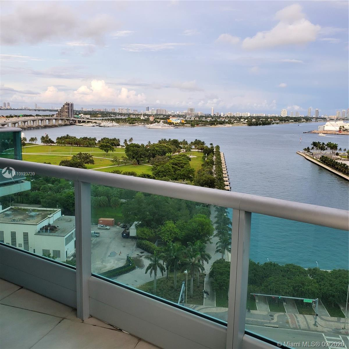 Best split floorplan at 900 Biscayne with gorgeous direct views of Biscayne Bay .East/South/West 270