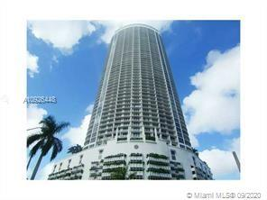 2/2 with panoramic water and city views of Biscayne Bay and Miami Skyline. Wrap-around balcony, stai