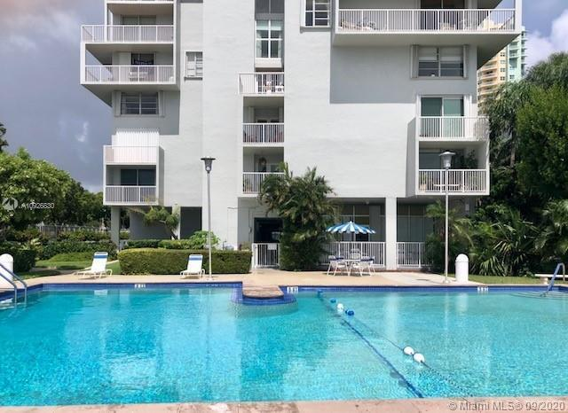 Beautiful Penthouse Condo located in the heart of Brickell.  Enjoy Penthouse water views of Key Bisc