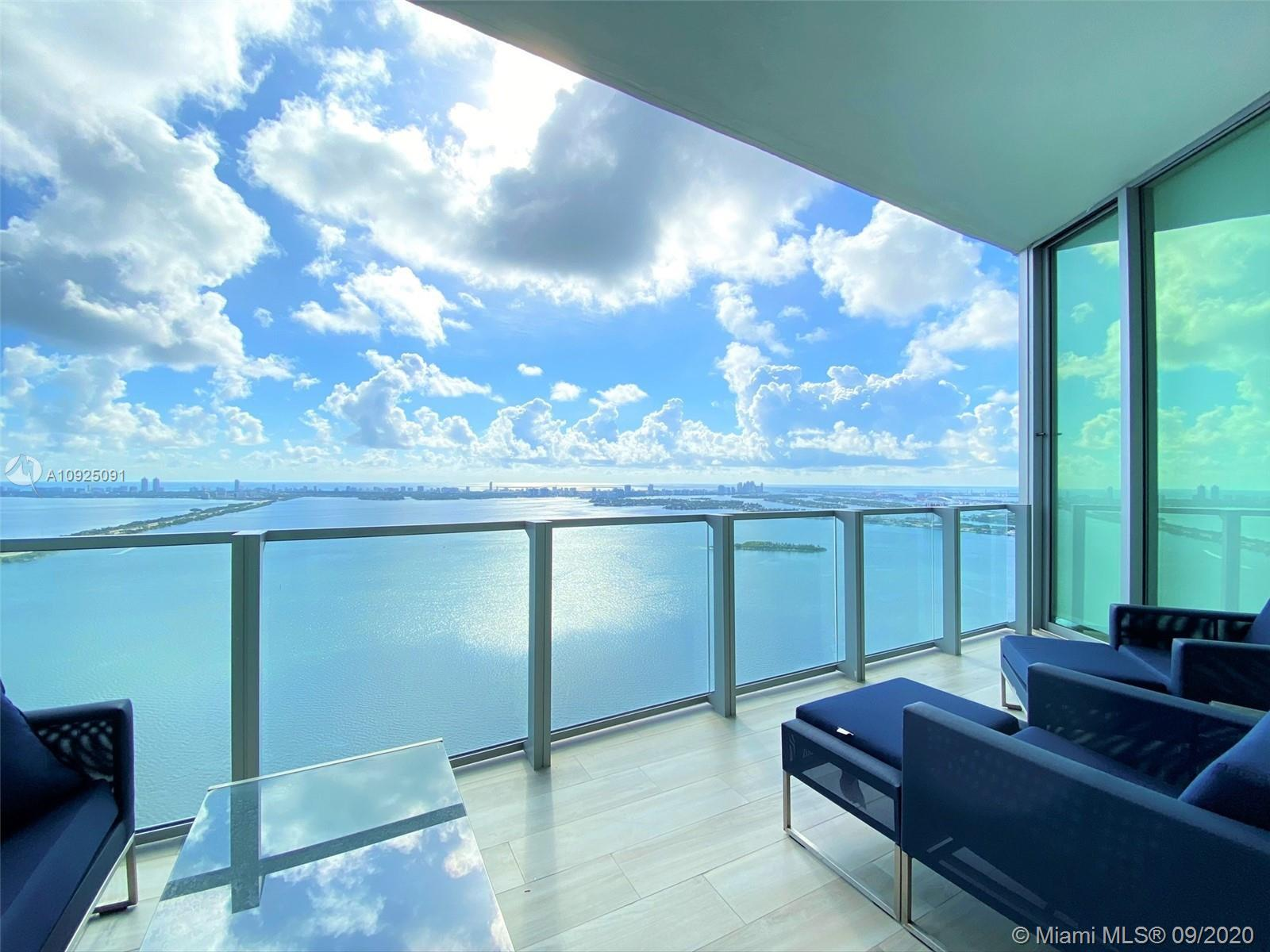 Come to live at this Skyline Panoramic Views!!!The elevator opens directly to your private foyer for