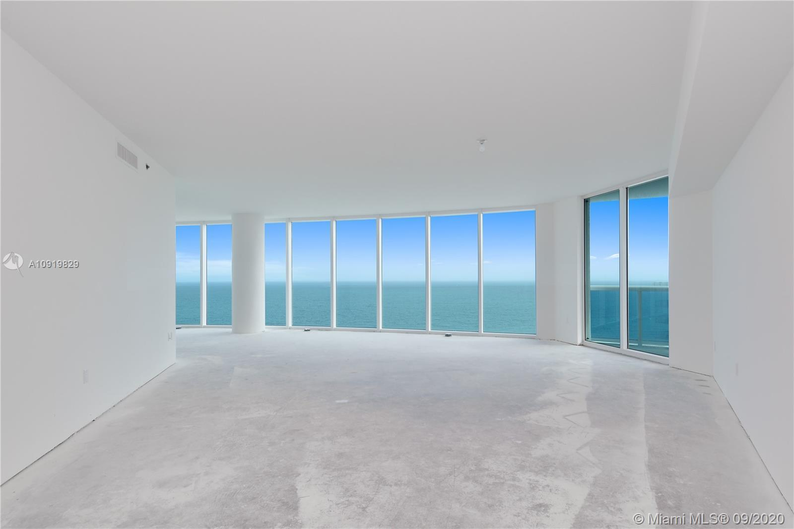 WOW! THE CROWN JEWEL OF LUXURIOUS TRUMP HOLLYWOOD!  Beachfront Trump Tower, built in 2010 - 41 Story