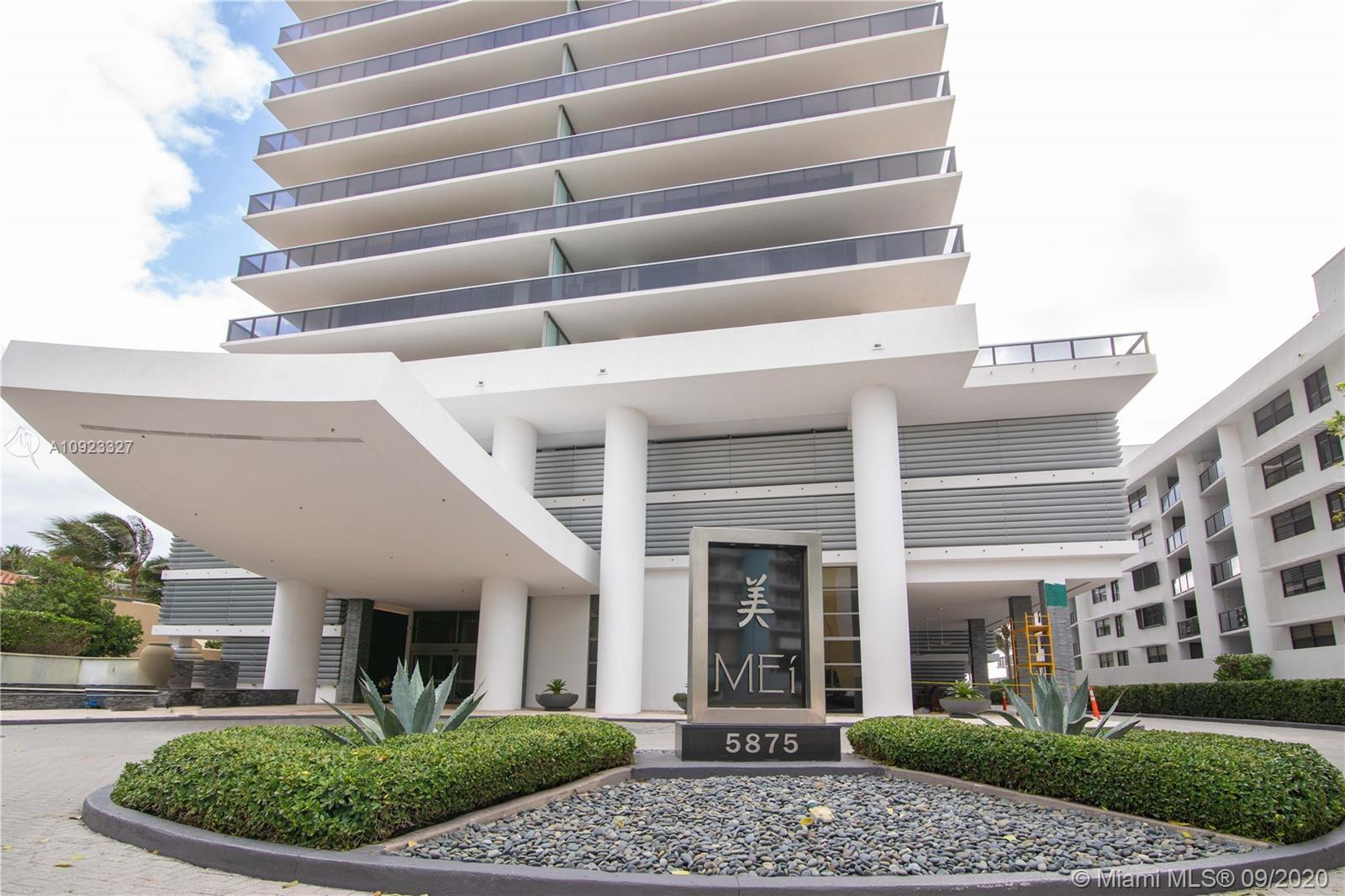 Gorgeous 2/2 Designer unit on Millionaire's Row. This beautiful unit is located on the 17th Floor. T