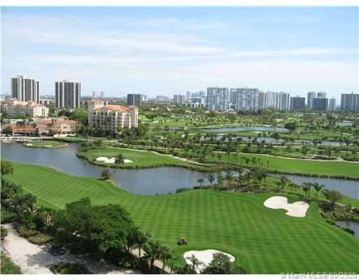 AWSOME VIEWS Ocean, Intracoastal, marina and the Turnberry Golf Course. Granite counters. Full servi