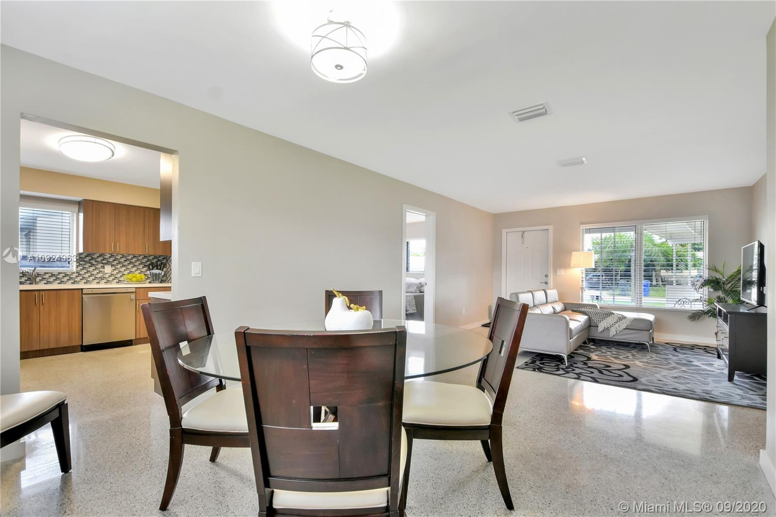 Renovated and spacious 3 bed 2 bath home with great layout for your family. Located in peaceful Holl