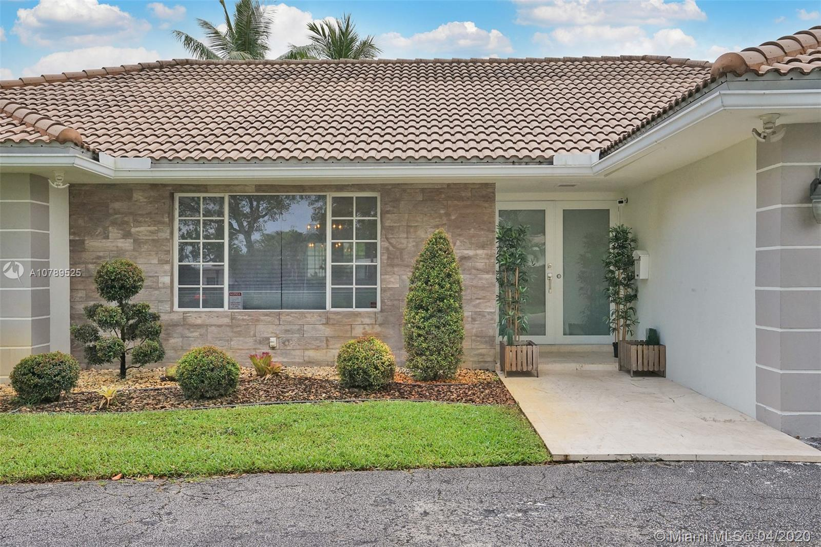 Beautifully remodeled 6 bedroom 3 bathroom home in the highly coveted community of Emerald Hills. Ho