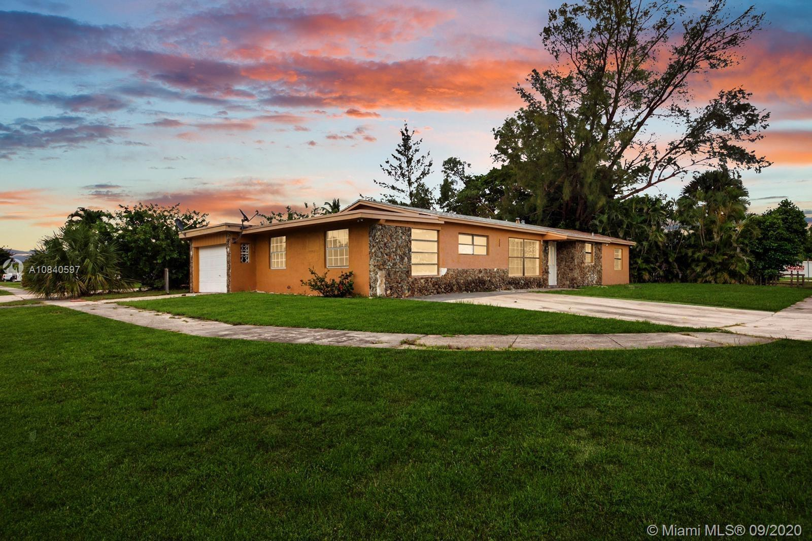 Large remodeled house, 5 bedroom 2 bath (Per tax record is has 3 beds). Central A/C with new airduct