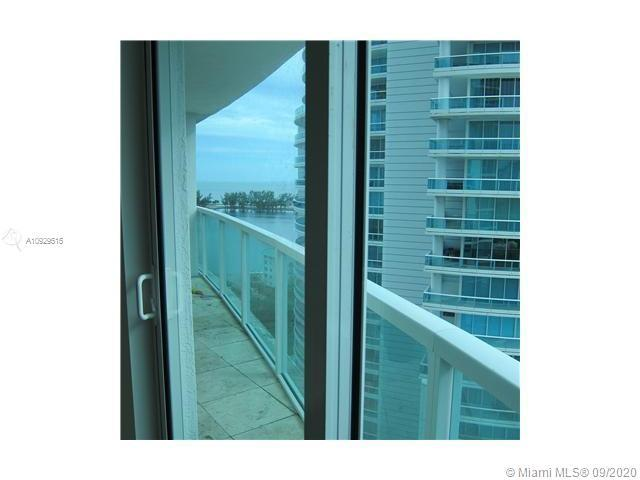 LOCATION LOCATION!!!!  COME SEE THIS GREAT 1/1 IN THE HEART OF MIAMI GREAT VIEWS, GYM , SAUNA , TENN