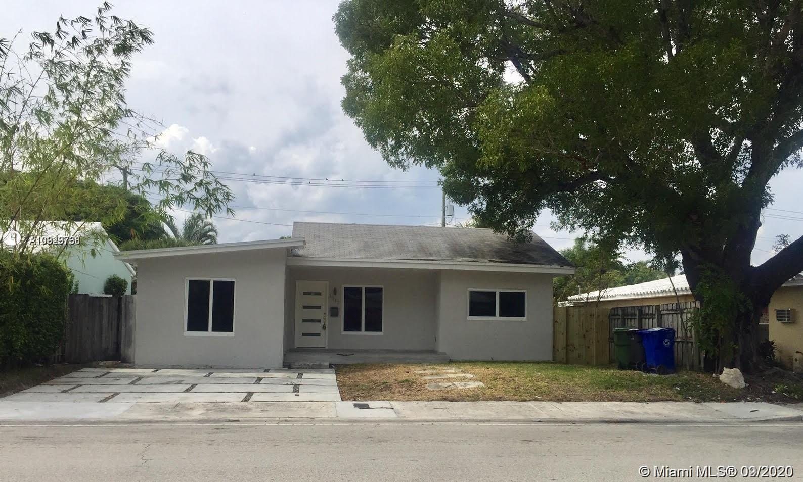 New beautiful remodeled home in the heart of Fort Lauderdale. This home features 3 bedrooms, 2.5 bat
