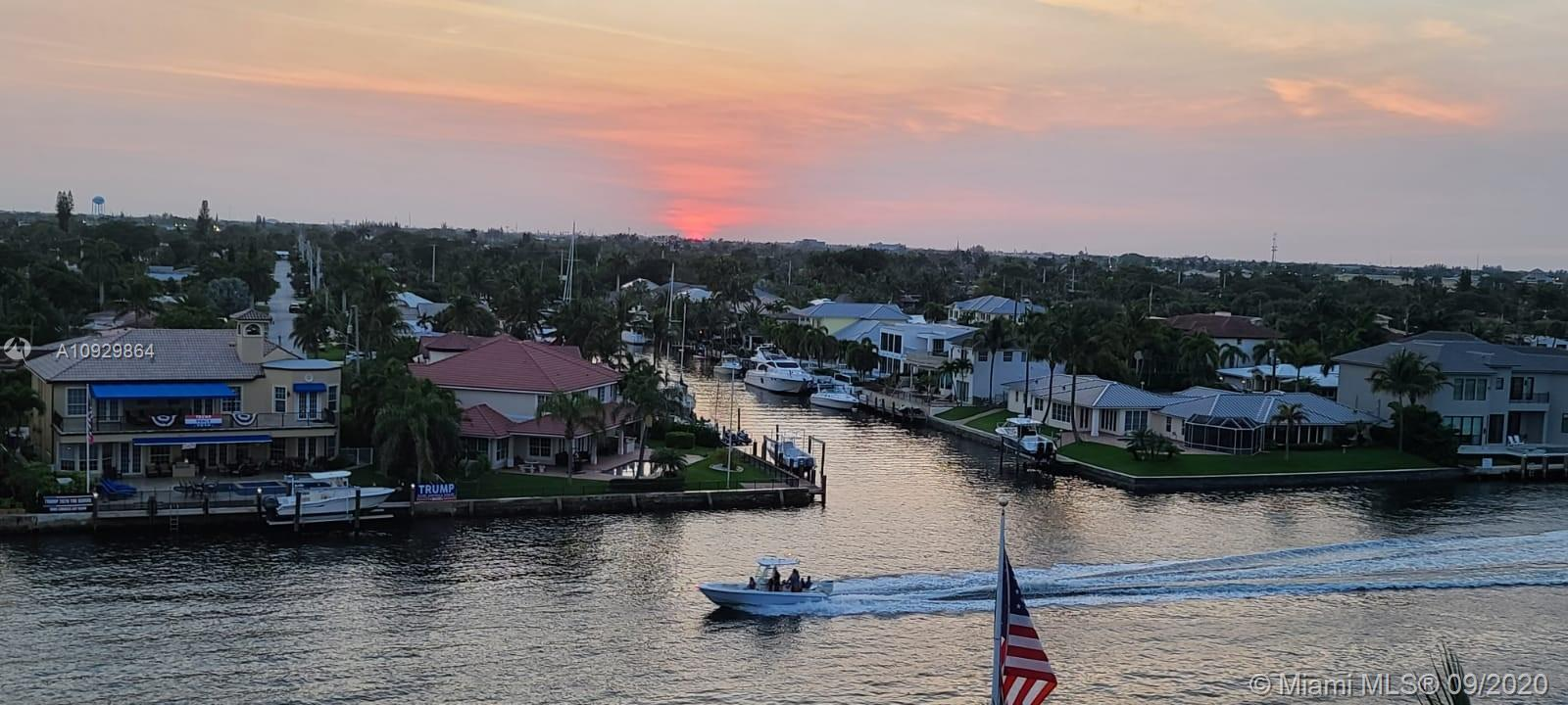 Completely renovated boutique style condo, covered parking, low HOA. Located on the Intercoastal, st