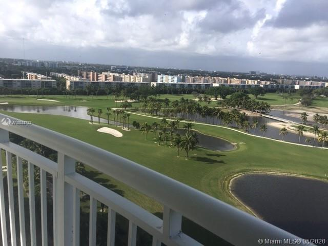 LOWEST PRICED  3/2 IN THE BUILDING!! VIEWS!! THIS 3/2 CORNER UNIT  1,481 SQ FEET, HAS AMAZING VIEWS