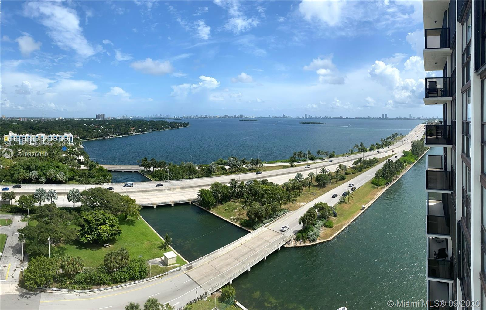 AMAZING WATERFRONT UNIT FOR SALE IN THE 18TH FLOOR OF THE CHARTER CLUB. TRAVERTINE FLOORING THROUGHO