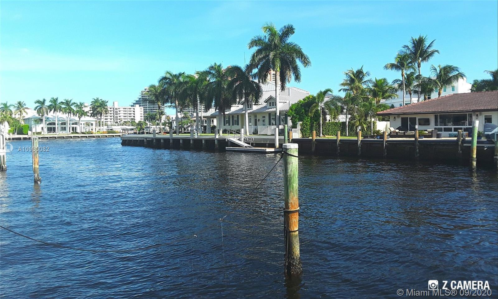 "* BEST LOCATION IN ALL ""CORAL RIDGE"" *  POSITIONED 1 OFF THE POINT WITH  DIRECT INTRACOASTAL VIEWS A"