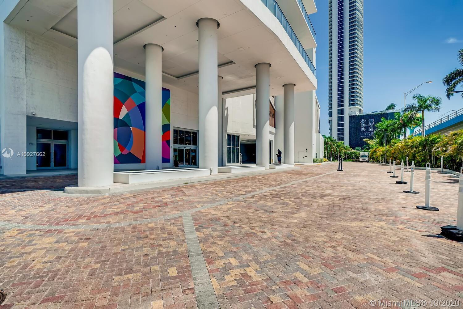 Beautiful Best priced 09 unit in the building. Incredible Ocean, Intracoastal and city views. This i