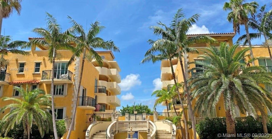 Excellent Condo on Collins Ave. Just 800 feet from the beach. Beautiful spacious unit with one bedro