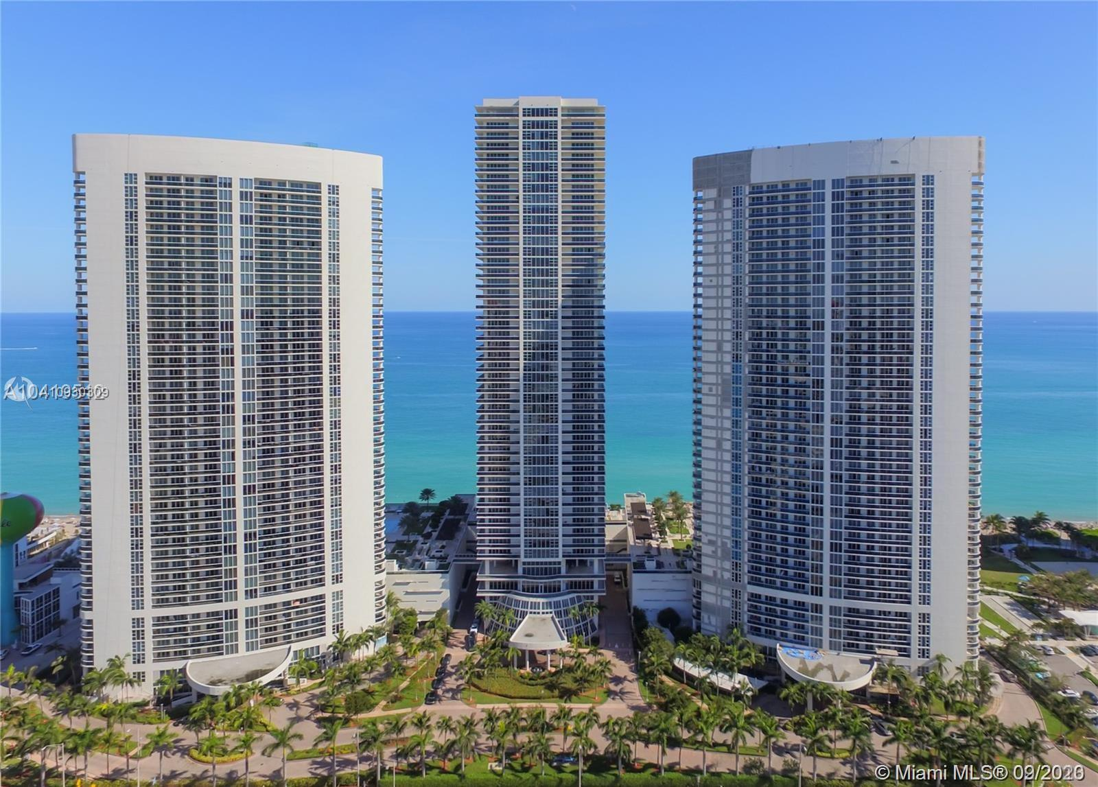 LUXURY Beach Condominium. Large and Bright 2 bed room and 2 full baths corner apartment. View from 5
