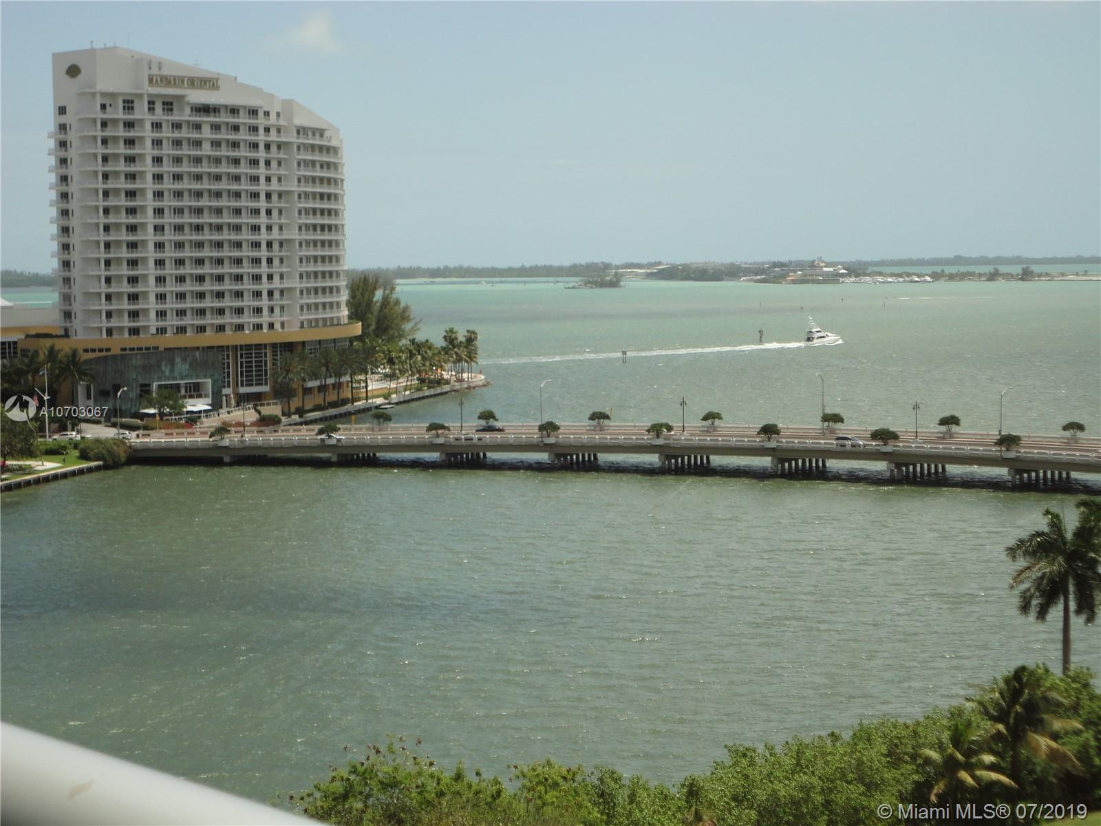 Gorgeous Bay View, 1 BR l 1 BTH with a large layout floor plan in the desired ICON Brickell Tower 2.
