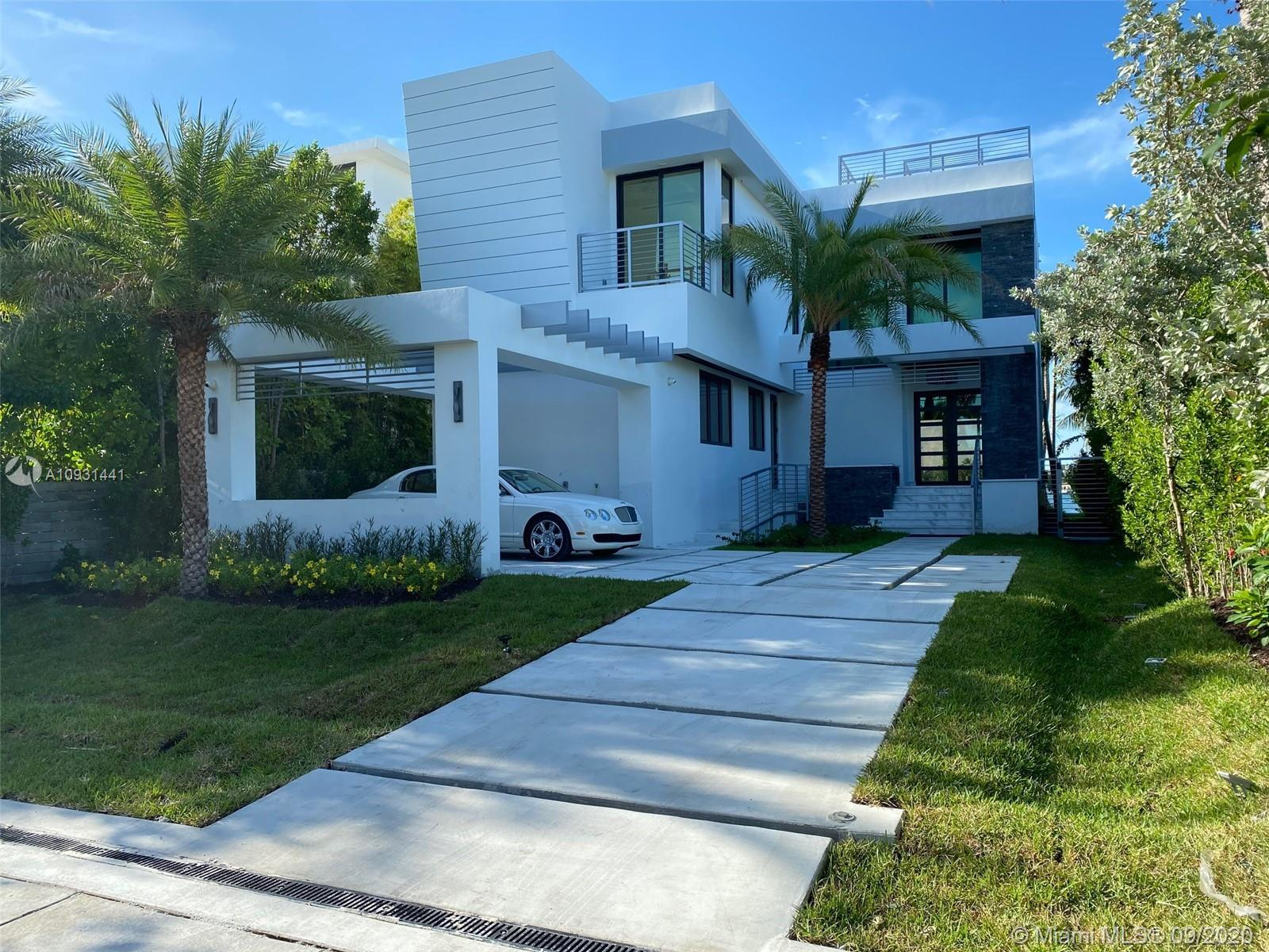 BRAND NEW CONSTRUCTION . 2 STORIES WATERFRONT HOME . MODERN DESIGNED WITH TOP MATERIAL , ALL ITALIAN