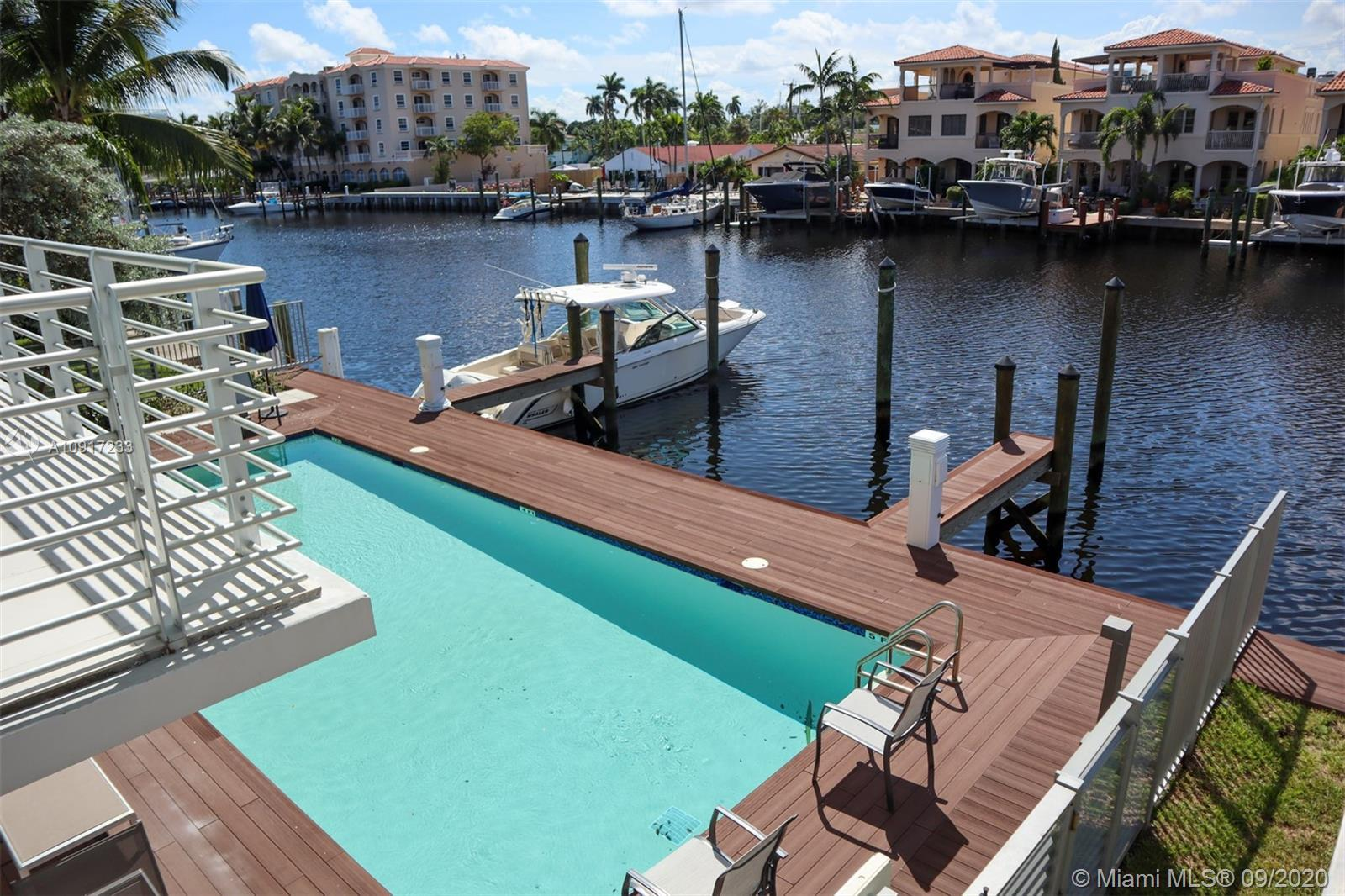 Aquavue a boutique luxury waterfront condominium with a modern loft style floor plan. Corner unit wi