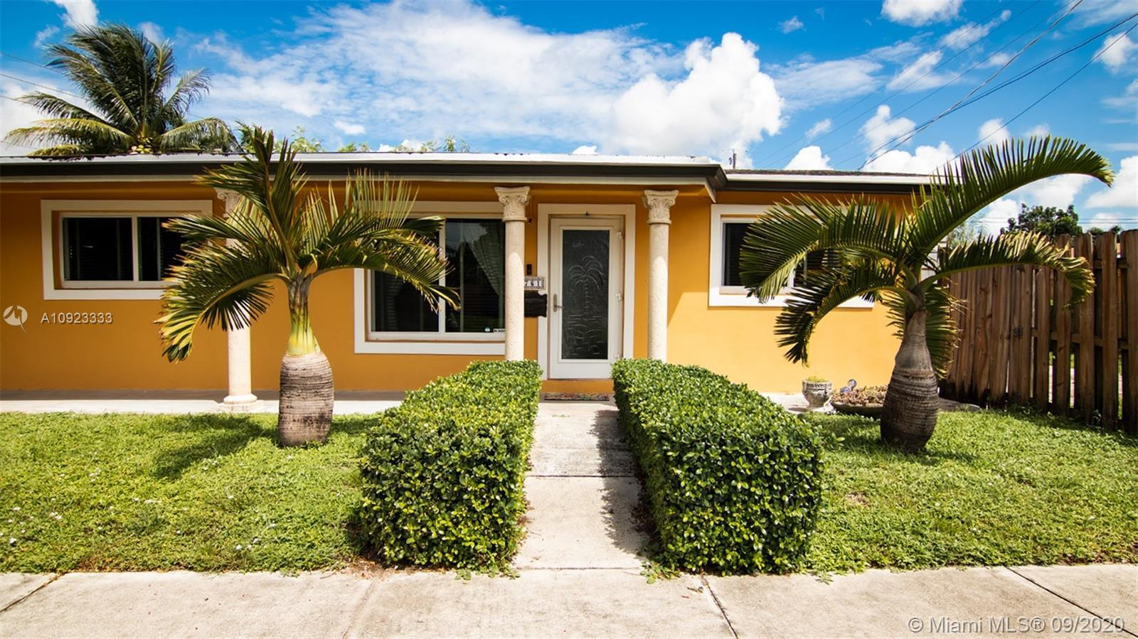 This updated gem with plenty of patio space is located in central Hollywood, just a short drive from