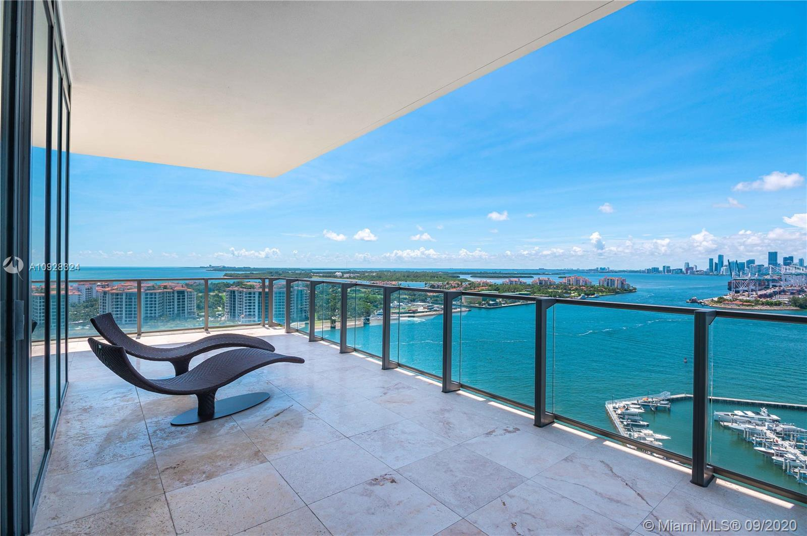 Welcome to one of the most coveted luxury high rise buildings in Miami Beach...Apogee! This unit was
