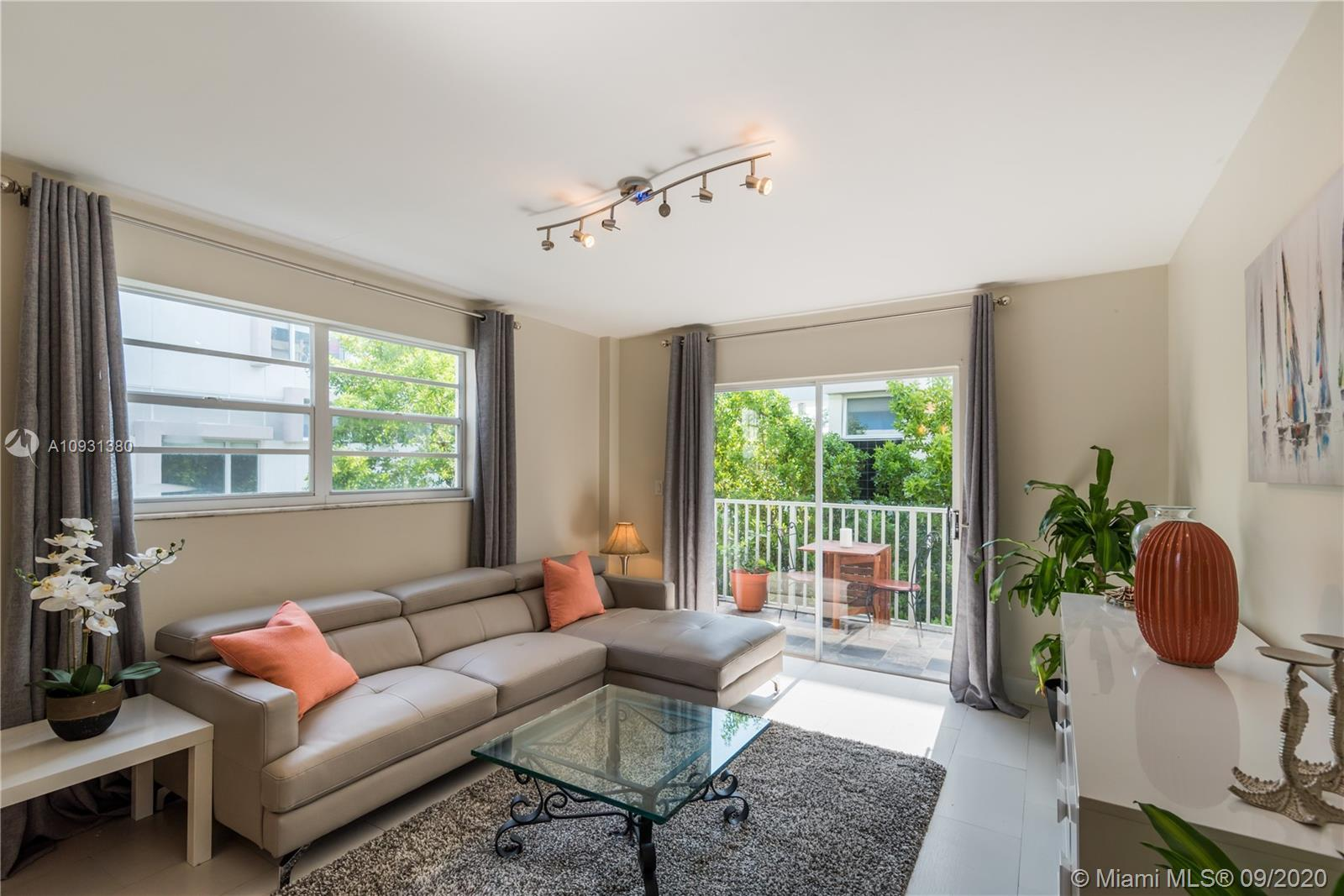 """Fully Renovated & Furnished one bedroom apartment located on desirable """"South of Fifth"""" neighborhood"""