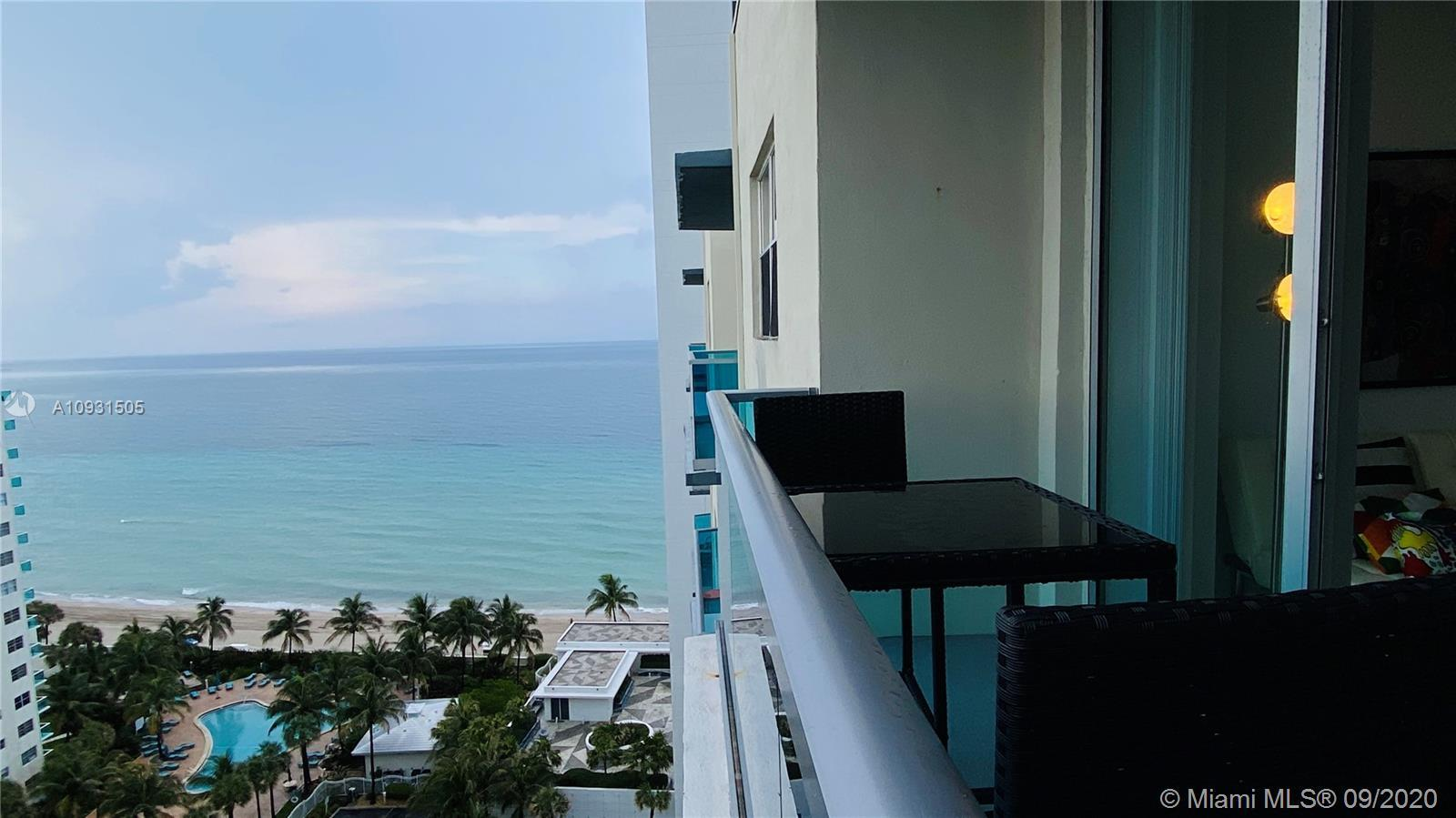 Investor!!! Good net income!!! No restriction for lease per day, Airbnb ok !! Spectacular penthouse
