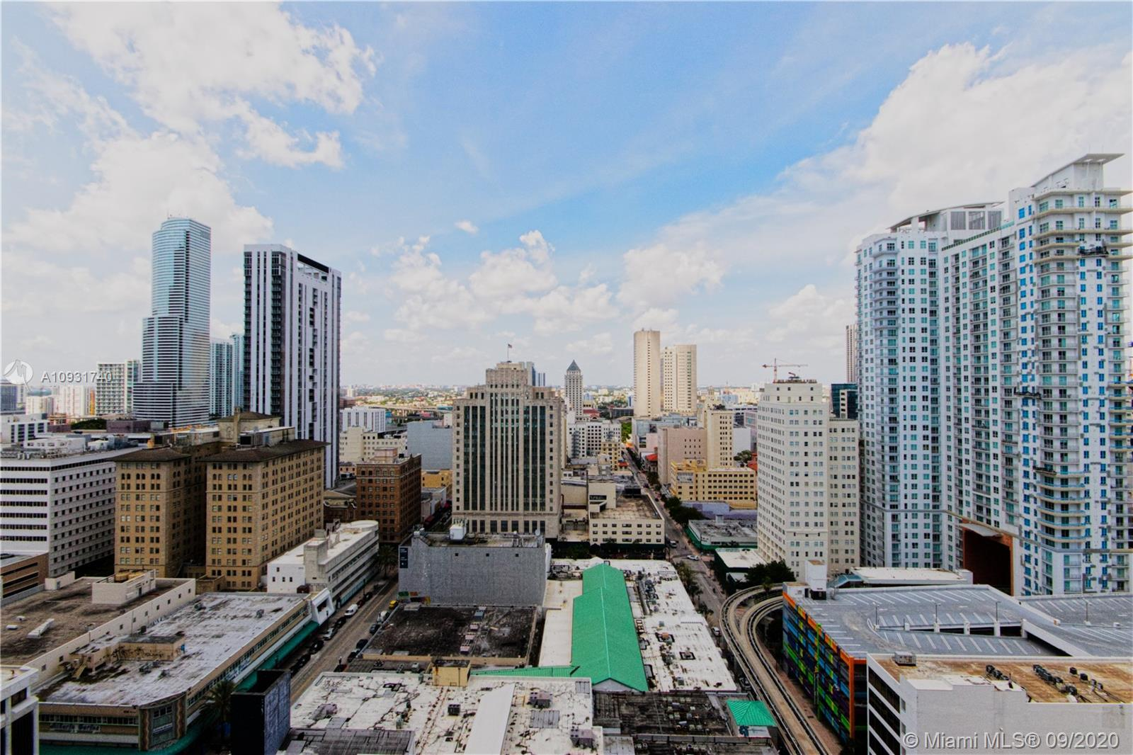 Beautiful sunset views overlooking downtown Miami. Upgraded apartment with ceramic tile flooring. Sp