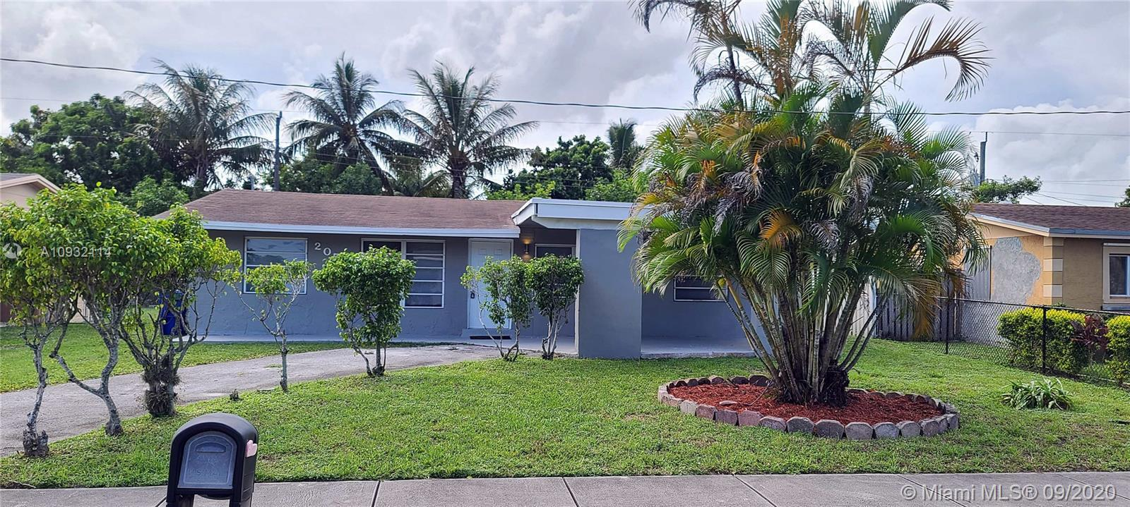 Amazing corner single home total sqft 1.466 sqf desirable area. BEACH TIME no worries 15 minutes dri