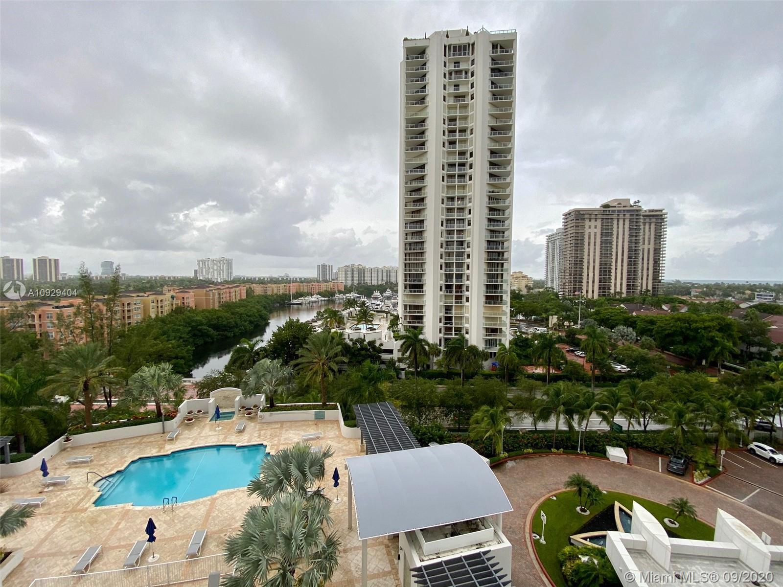 Spectacular condo in the heart of Aventura located steps from houses of worship and minutes from the