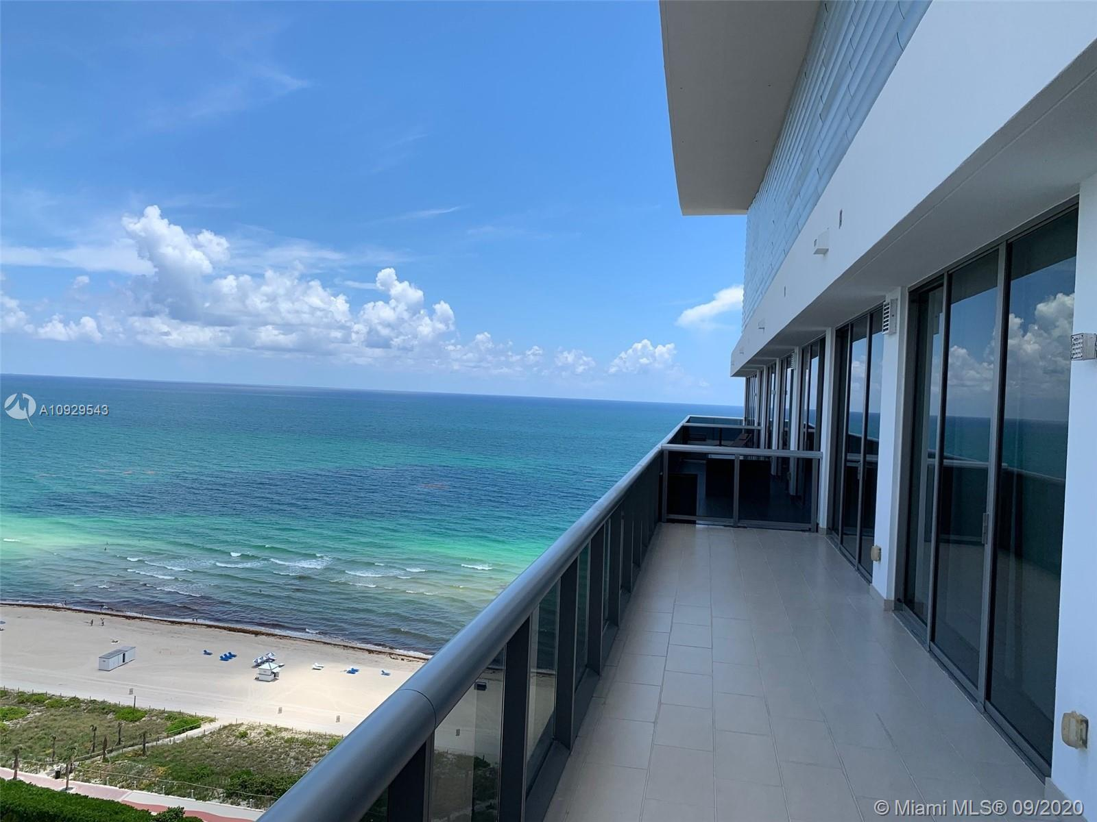 Beautiful PH apartment on state-of-the-art boutique building. Large open balcony with Ocean, Interco