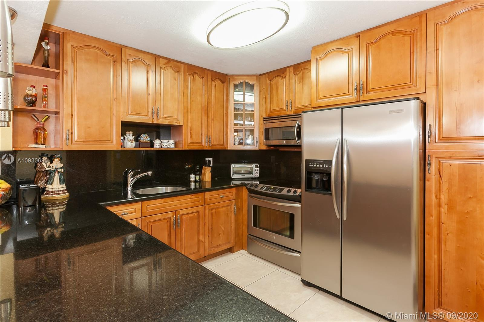 Remodeled 1 bedroom plus den with side ocean view. 2 full baths. Open renovated kitchen. AC replaced