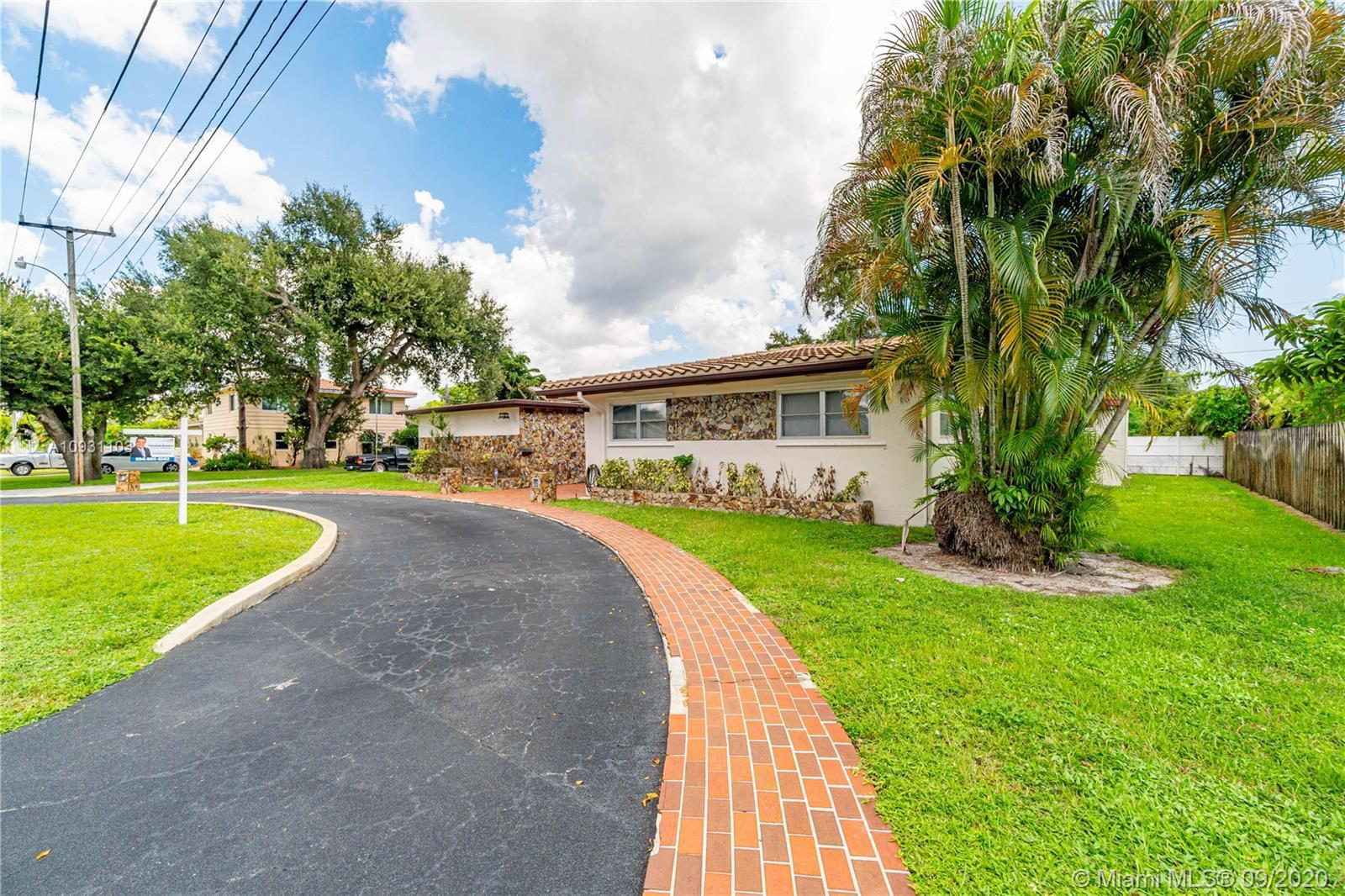 OPEN HOUSE! THIS SATURDAY 09/26  FROM 12:00PM TO 3:00PM LOOKING FOR SPACE? HERE IS THE HOUSE YOU ARE