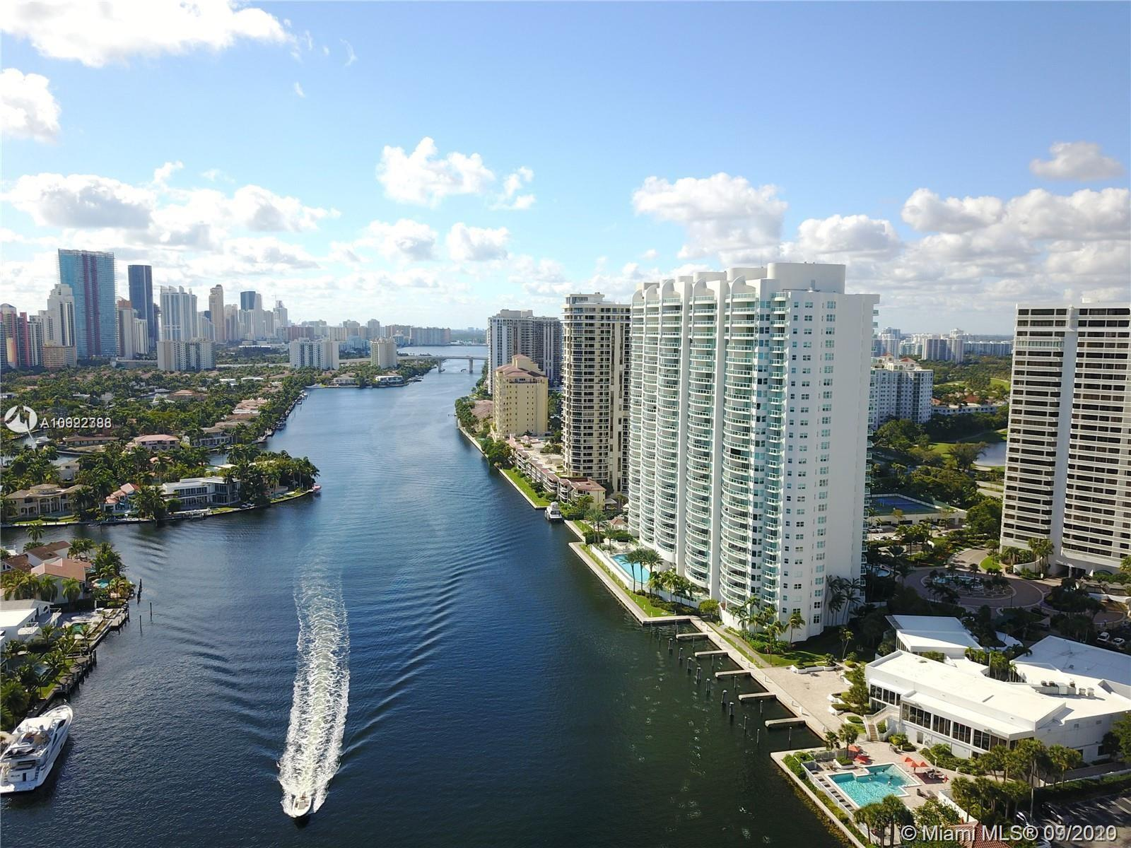 Luxury living luxury views! Located in the heart of Aventura, Hamptons South has spectacular views:
