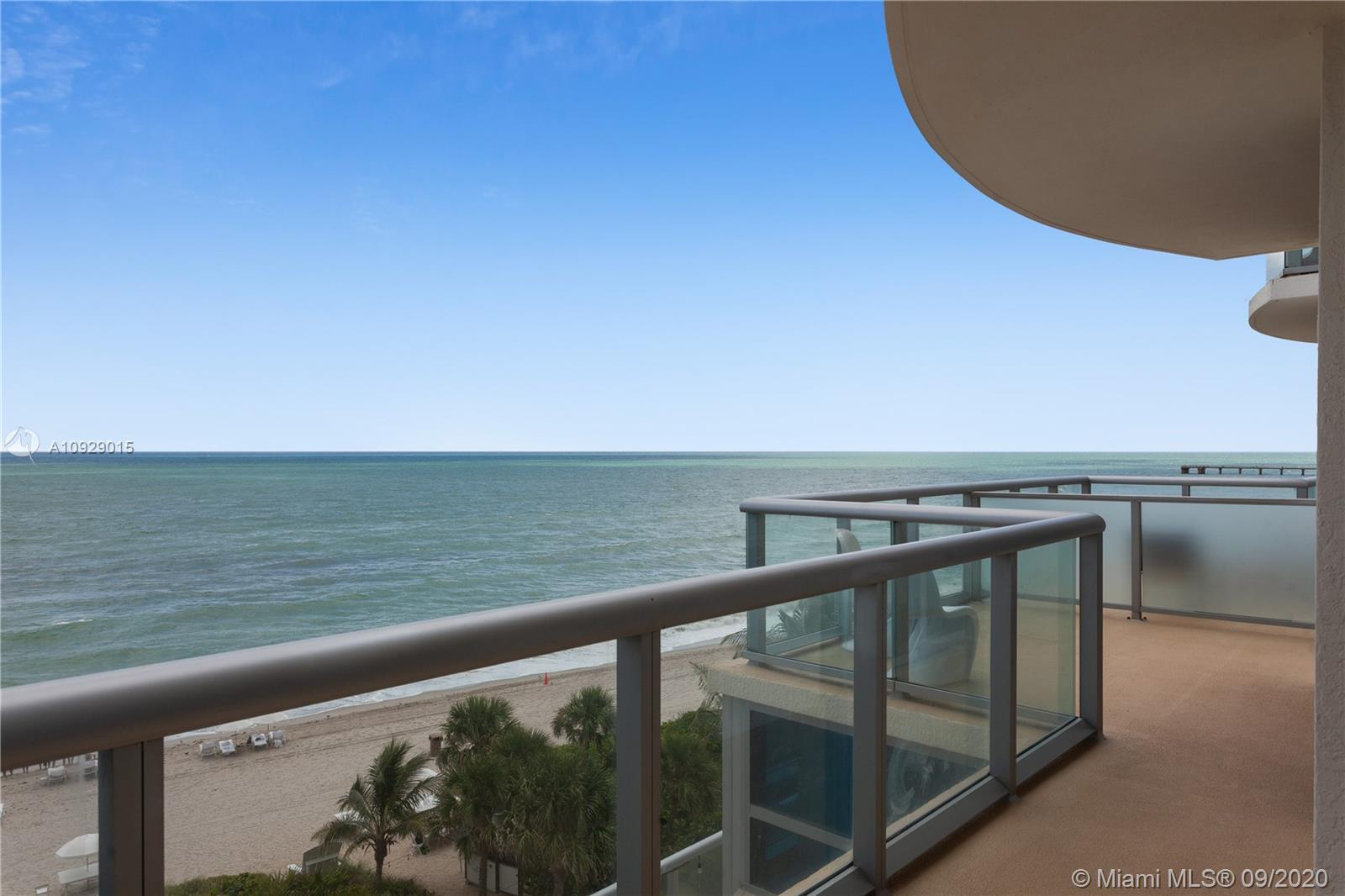 Enjoy unobstructed ocean views in this furnished 2Bedrooms/2.5 Bathrooms luxury condo/hotel. A uniqu